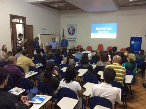 Público do workshop sobre marketing digital