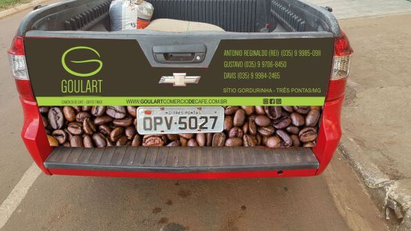 Arte para plotagem de carros de frota de empresa de café com logomarca criativa da empresa Goulart Comércio de café